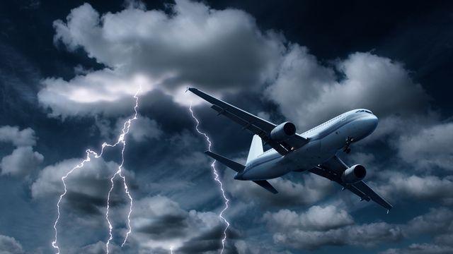 L'orage en avion. [© Anterovium - Fotolia]