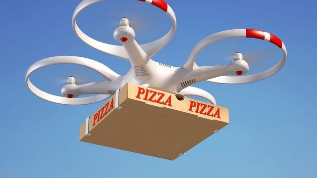 Un drone livrant une pizza. [koya979 - Fotolia]
