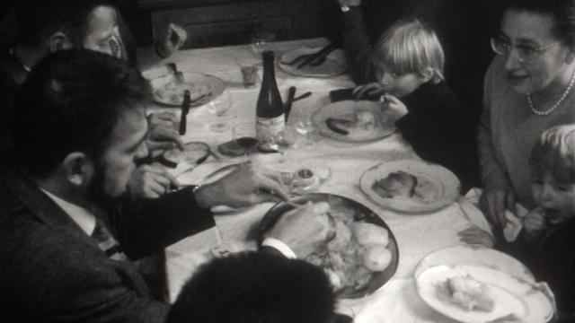 Repas de la St-Martin, Jura, 1966. [RTS]