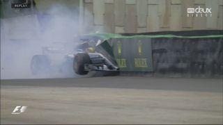 Q1: grosse sortie de route pour Lewis Hamilton (GBR) [RTS]