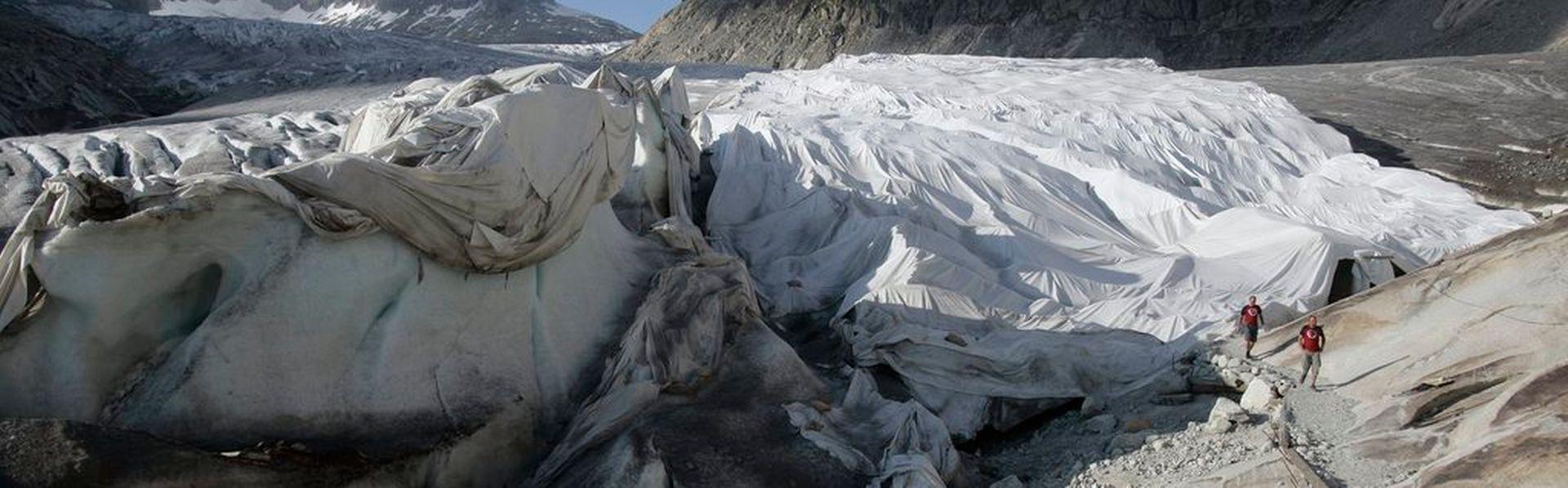 Le dossier sur la fonte des glaciers de RTS Découverte [Peter Klaunzer - Keystone]