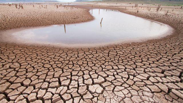 Selon le mouvement climatosceptique, le réchauffement climatique ne serait pas d'origine anthropique. [piyaset - © Fotolia]