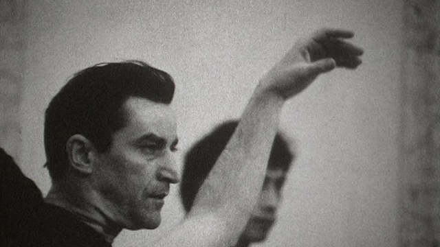 Maurice Béjart en 1968 à Bruxelles. [RTS]