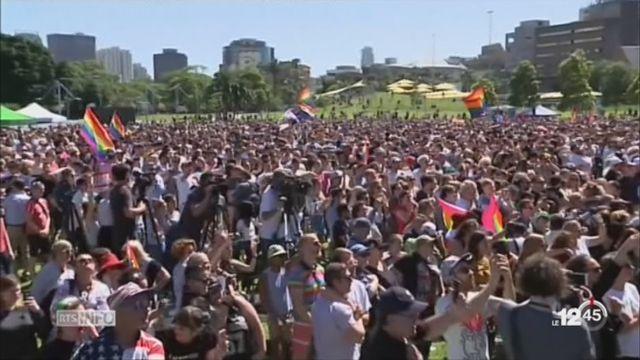 """Les Australiens disent """"oui"""" au mariage gay [RTS]"""