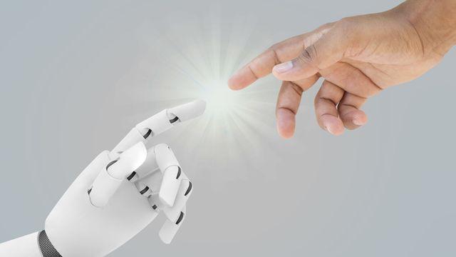 Les robots et l'humain. [tiagozr - Fotolia]