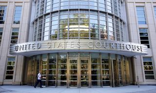 Le procès de la Fédération internationale de Football (FIFA) ouvre à New York. [Andrew Gombert - EPA/Keystone]