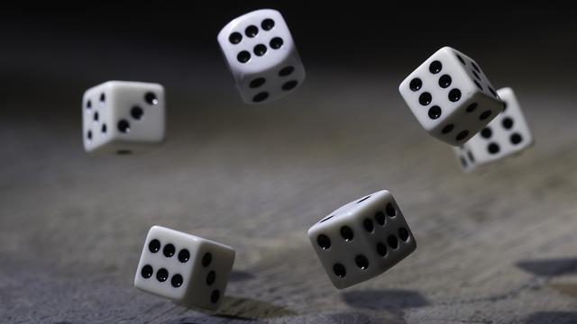 Un joueur de dés se serait voué au diable pour obtenir certains pouvoirs [Morten Almeland - Fotolia]