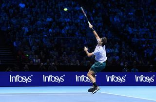 Roger Federer va connaître son adversaire des demi-finales vendredi. [Andy Rain - EPA/Keystone]