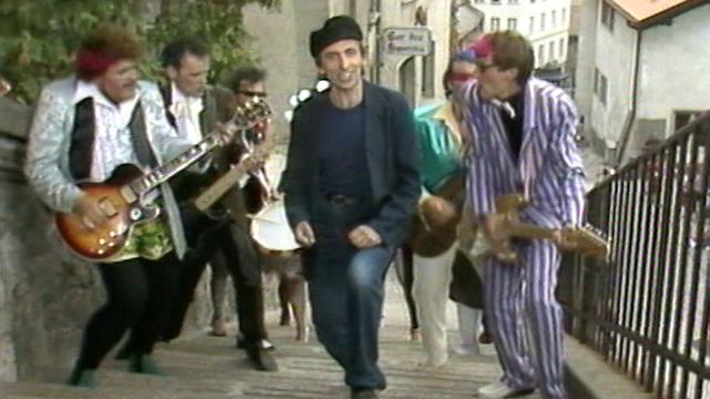 """Le Beau Lac de Bâle dans la comédie musicale """"Sacré Ulysse"""", 1982. [RTS]"""