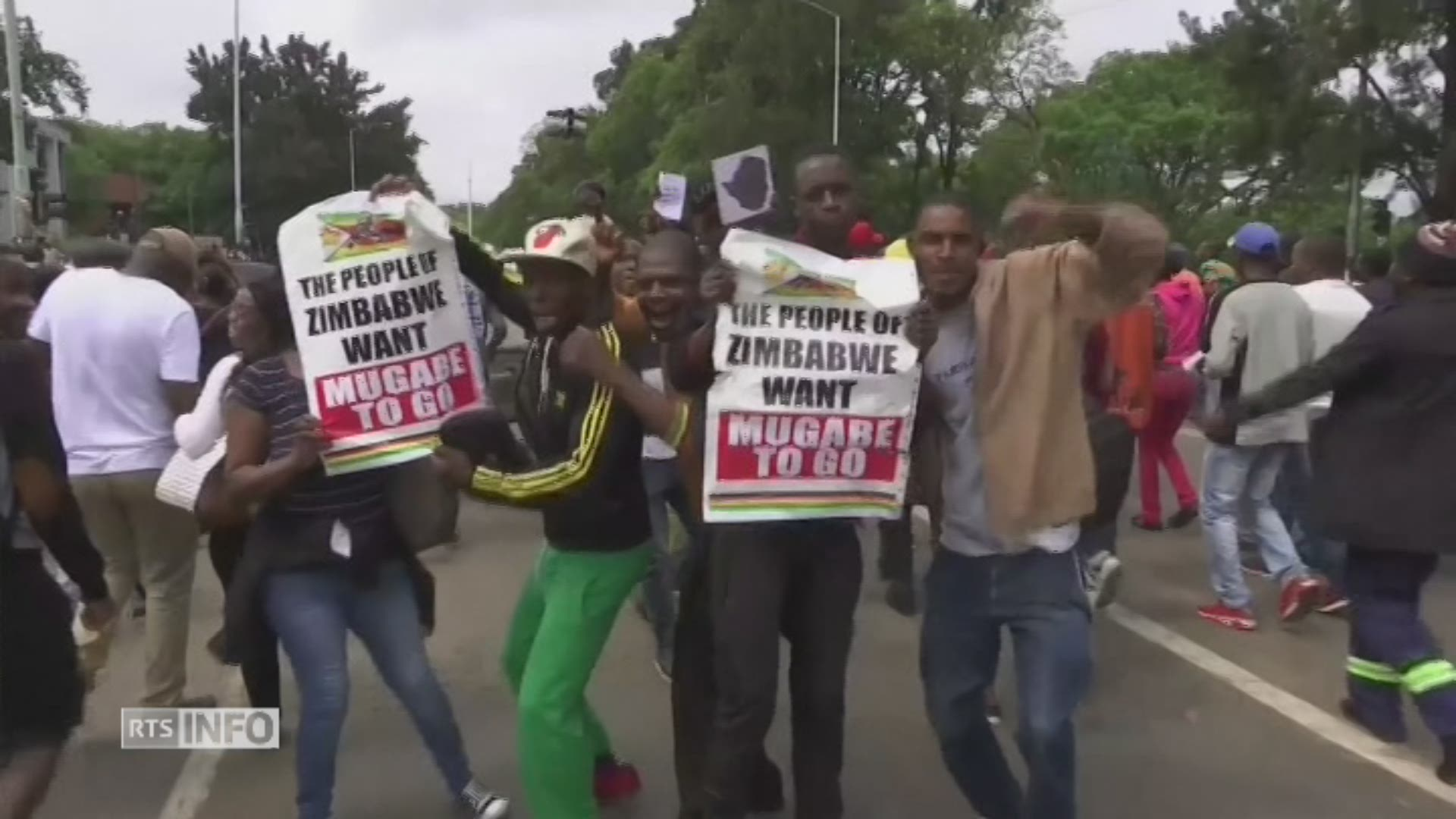 Gigantesque manifestation au Zimbabwe contre Mugabe