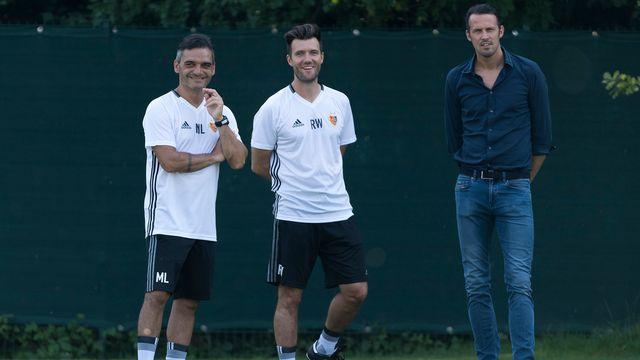 Massimo Lombardo (à gauche, ici avec Raphaël Wicky et Marco Streller) a rejoint Bâle l'été dernier. [Georgios Kefalas - Keystone]
