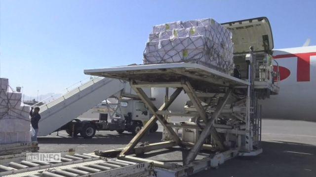 Les images de l'aide humanitaire arrivée à Sanaa [RTS]