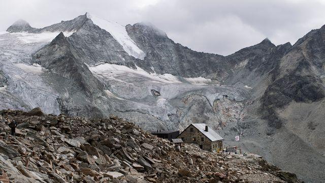 Les glaciers suisses ne cessent de fondre. Ici celui de Moiry, en Valais. [Anthony Anex - Keystone]
