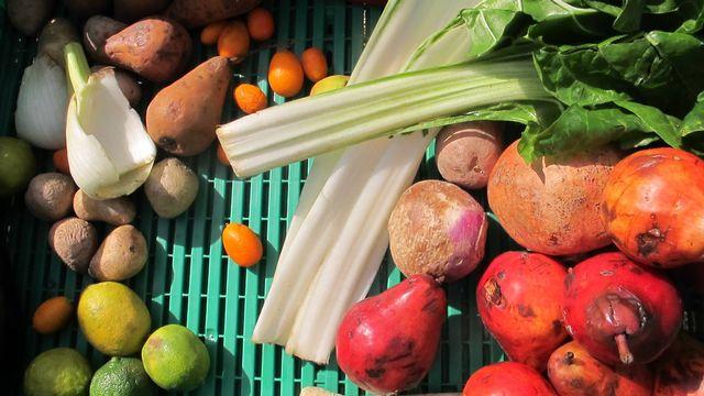 Cageot de légumes. [AED]