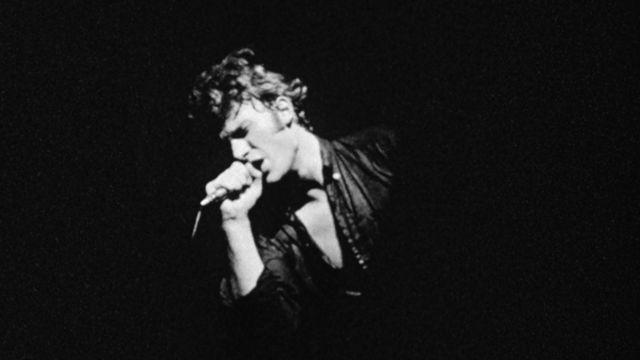 Johnny Hallyday en concert en 1966. [RTS]