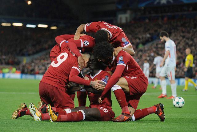 Les joueurs de Liverpool, à l'image de Sané assis, ont cartonné contre le Spartak Moscou. [Rui Viera - Keystone]