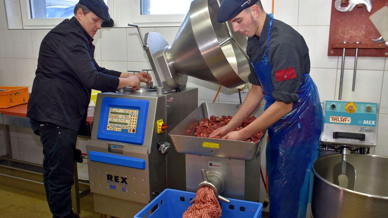 Les éleveurs veulent mieux valoriser la viande chevaline suisse. [Gaël Klein - RTS]
