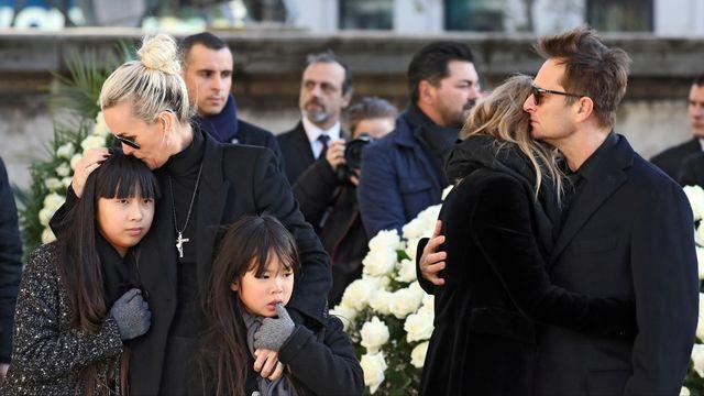 La famille de Johnny: Laeticia et ses enfants Jade, Joy, David et Laura. [Ludovic Marin - Reuters]