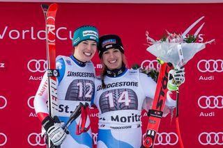 Jasmine Flury (à droite) et Michelle Gisin ont signé un doublé à Saint-Moritz. [Alexandra Wey - EPA / Keystone]