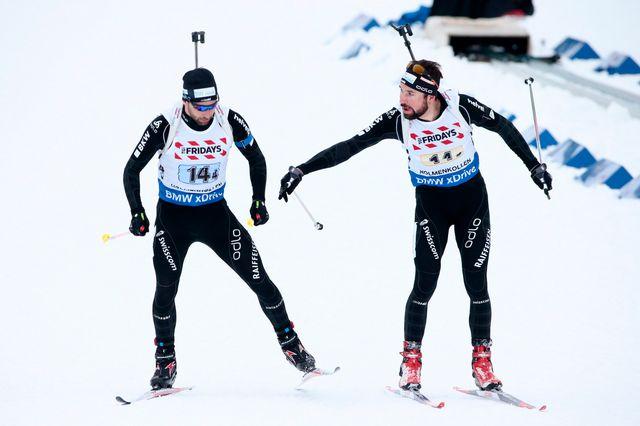 Benjamin Weger (gauche) et Serafin Wiestner ont permis au relais suisse de décrocher son billet pour les JO en février prochain. [Hakon Mosvold Larsen - Keystone]
