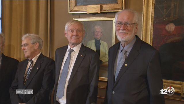 Jacques Dubochet reçoit son Prix Nobel de chimie à Stockholm [RTS]