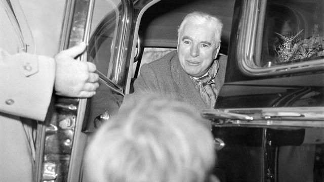 Charlie Chaplin à Genève en 1952. [Margrit Baeumlin - Keystone/Photopress-Archiv]
