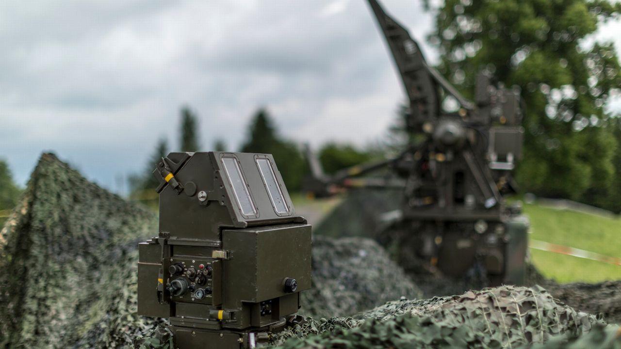 Un appareil de détection de potentielles cibles aériennes. [Gaetan Bally - Keystone]