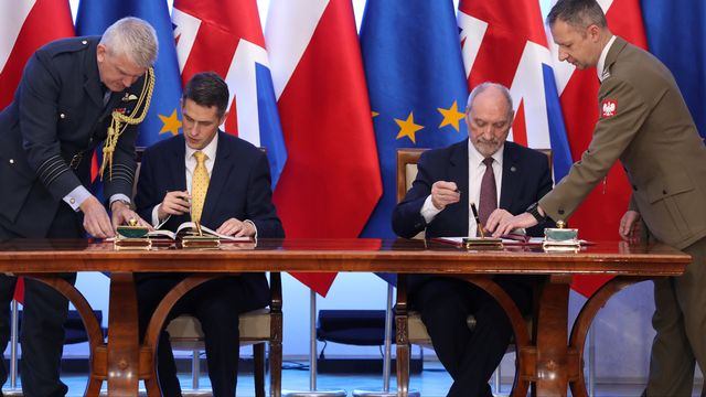 La Pologne au ban de l'Union européenne. [Agencja Gazeta - Reuters]