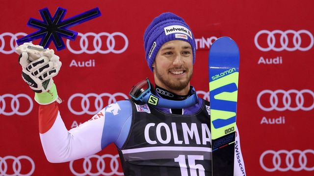 La joie de Luca Aerni qui a grimpé sur le podium. [Andrea Solero - Keystone]