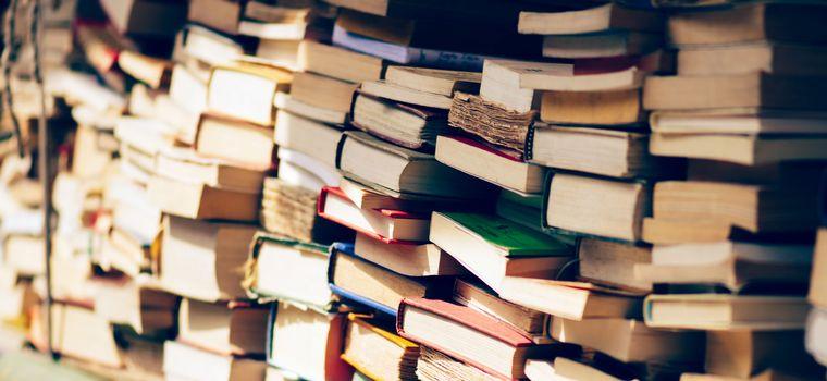 Donner Une Seconde Vie A Ses Vieux Livres Rts Ch