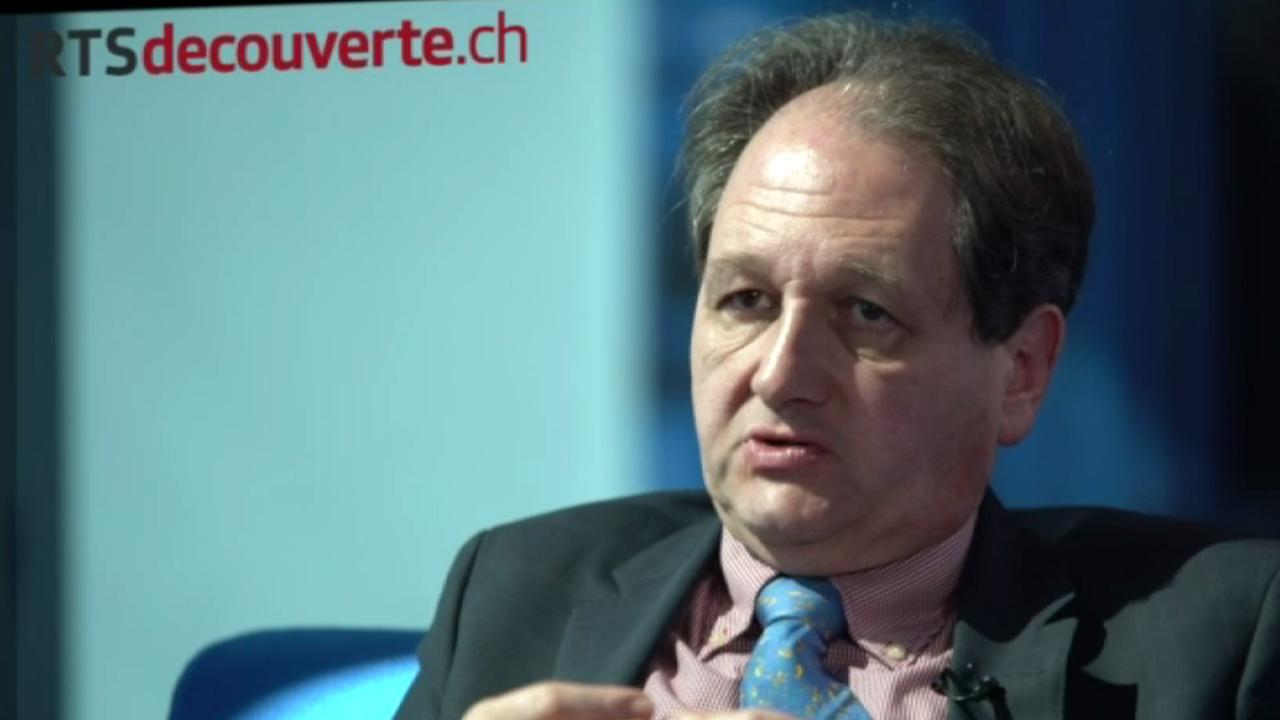 Gilbert Casasus, Professeur en études européennes à l'UniFR.