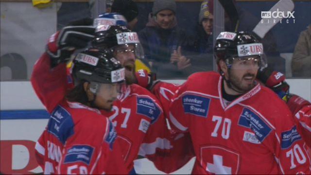 Demi-finale, Team Suisse - HC Davos (4-3): 36e, D. Schlumpf [RTS]