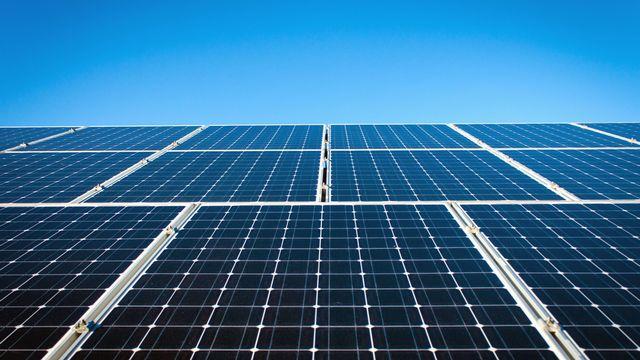 Est-ce le bon moment pour investir dans les panneaux solaires ? [serkan52 - Fotolia]