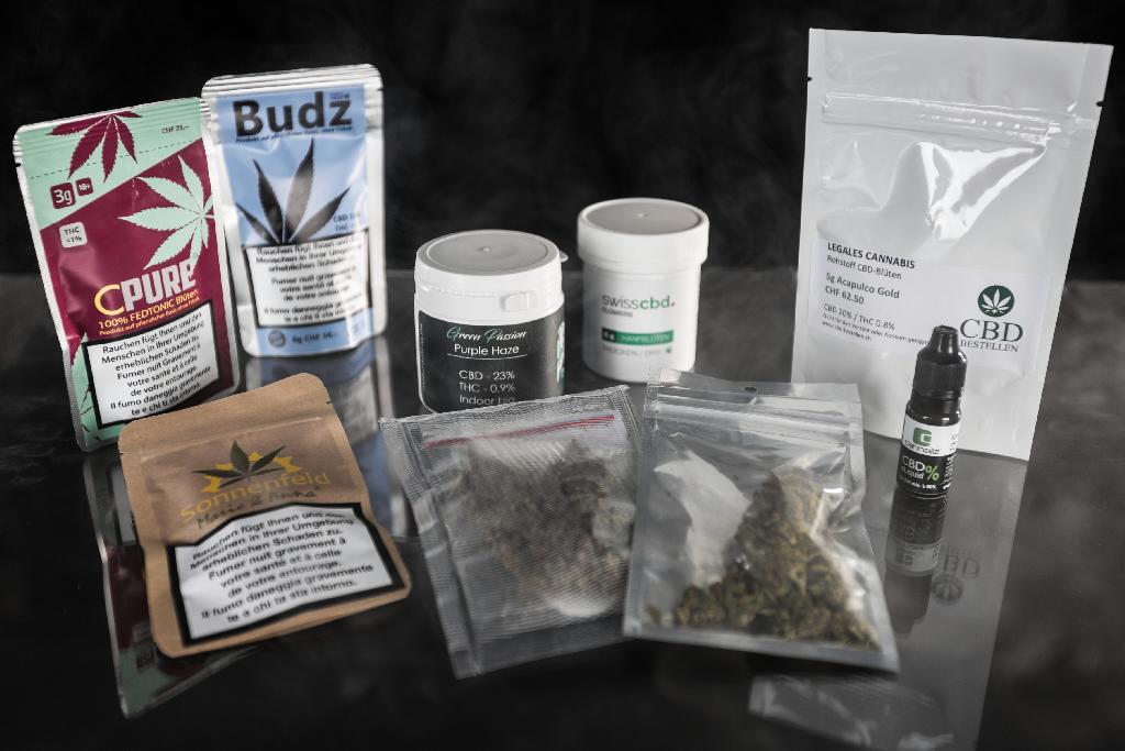 mise en garde contre la consommation de cannabis l gal au volant suisse. Black Bedroom Furniture Sets. Home Design Ideas