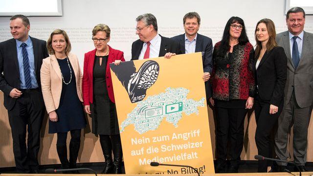 Bernhard Guhl (PBD-AG), Christa Markwalder (PLR-BE), Edith Graf-Litscher (PS-TG), Filippo Lombardi (PDC-TI), Jürg Grossen (Vert'libéraux-BE), Marianne Streiff (PEV-BE), Adèle Thorens Goumaz (Les Verts-VD) et Roland Eberle (UDC-TG), de gauche à droite. [Peter Schneider - Keystone]