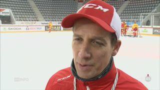 Hockey: l'entraîneur Antti Törmänen a métamorphosé le HC Bienne [RTS]