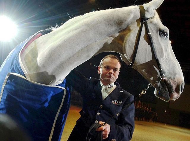 La carrière de Melliger était étroitement liée à son cheval Calvaro. [Walter Bieri - Keystone]
