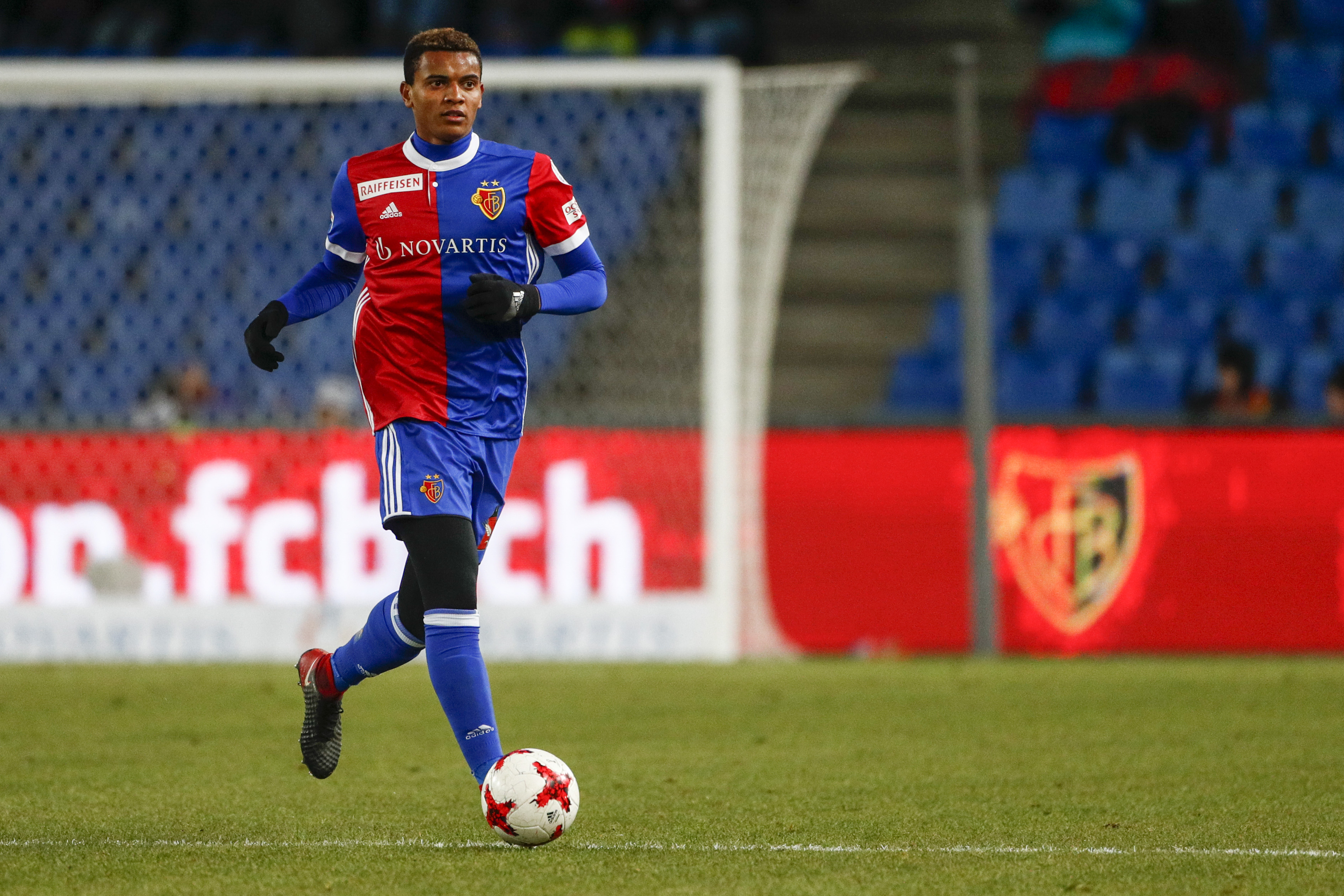 Akanji débarque au Borussia