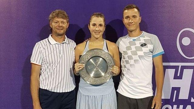 Ian Hughes (à gauche) entraîne Belinda Bencic depuis cet été. [Instagram Belinda Bencic]