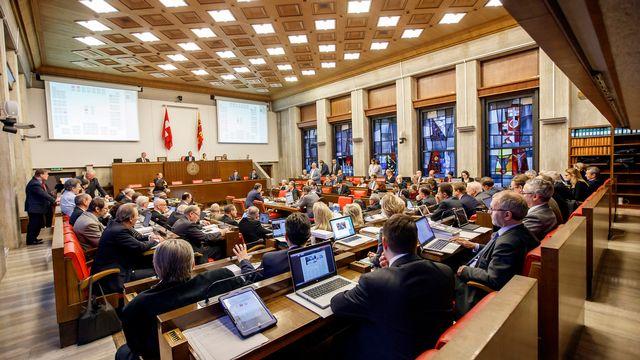 La salle du Grand Conseil genevois, lors d'une session plénière en décembre 2015. [Salvatore Di Nolfi - Keystone]