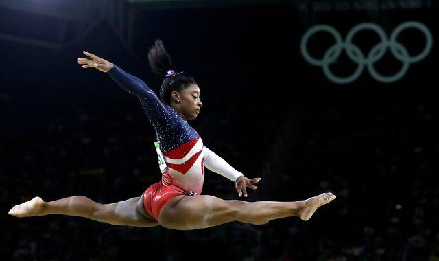 Simone Biles avait remporté quatre titres olympiques à Rio en 2016. [Rebecca Blackwell - Keystone]