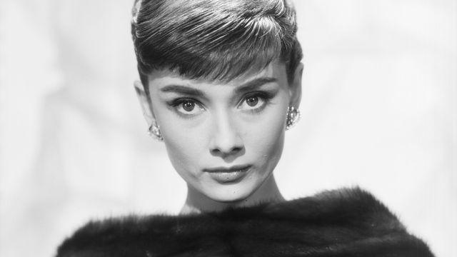 "Audrey Hepburn dans ""Sabrina"" de Billy Wilder, 1954. [Kobal / The Pictures desk / AFP]"