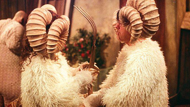 """""""La ferme des animaux"""" mise en scène de Christian Denisart à la Grange Dorigny à Lausanne. [Mehdi Benkler - Grange de Dorigny]"""