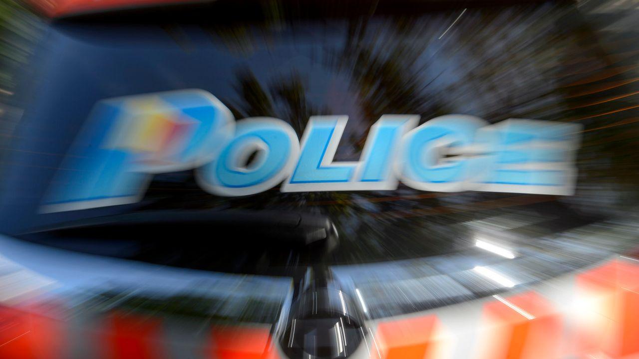 Le Tribunal fédéral confirme le délit de chauffard contre un policier genevois qui circulait à 132 km/h sur un tronçon limité à 50. [Martial Trezzini - Keystone]