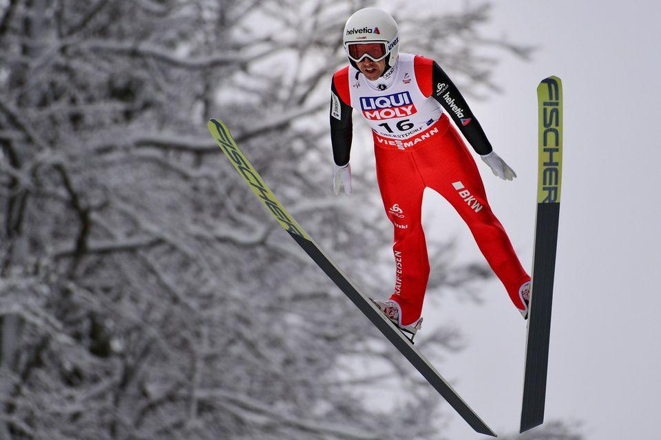 Simon Ammann a satisfait les critères avec sa 3e place obtenue à Bad Mitterndorf. [Philipp Guelland - Keystone]