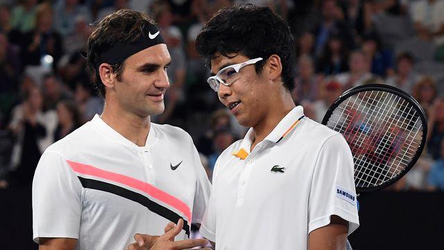 Federer tentera de remporter un sixième titre à Melbourne, dimanche. [Andy Brownbill - Keystone]