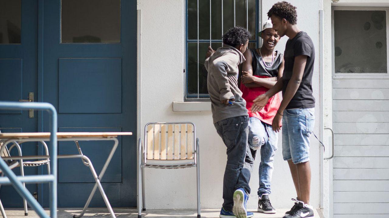 Les demandes d'asile des mineurs non accompagnés en forte baisse. [Ennio Leanza - Keystone]