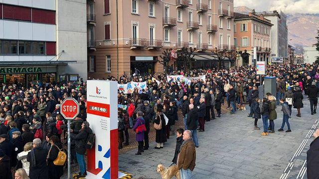 Les manifestant sont venus de tout le Tessin. [Photo lecteur - RSI]