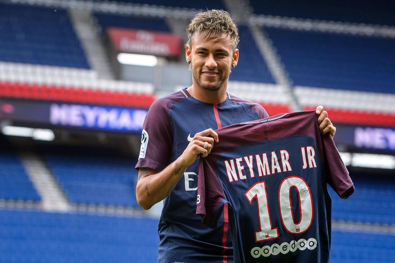 Les clubs français, deuxièmes plus gros dépensiers sur le marché des transferts