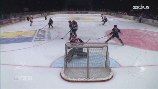 Hockey-NL, 47e journée: Zurich – Lausanne (8-4) + itw d'Etienne Froidevaux, attaquand de Lausanne [RTS]